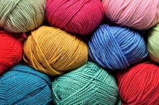 Yün Kumaş İplik Fiyatları Toptan Satış Online Renkli Kırmızı, Mavi, Lacivert, Siyah, Beyaz...